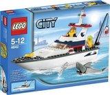 Lego 4642 - Fishing Boat (2011)_