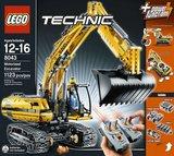 Lego 8043 - Motorized Excavator (2010)_